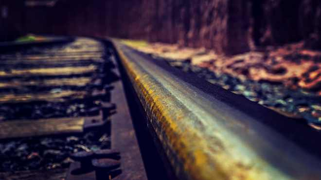 train-tracks-western-railway-train-vintage-tracks